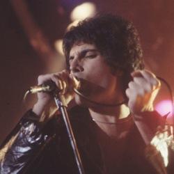 Farrokh Bulsara, Freddie Mercury