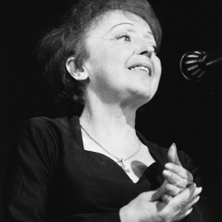 Édith Giovanna Gassion, Édith Piaf